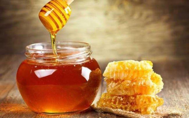 Mật ong là thứ quà quý giá mà thiên nhiên ban tặng cho con người
