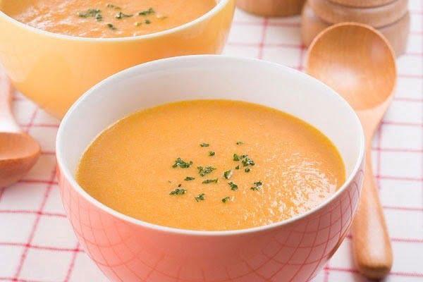 Súp thịt bò, khoai tây, cà rốt