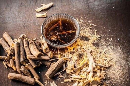 Nhiều chất tìm thấy trong cam thảo có khả năng kháng virus, vi khuẩn, chống viêm