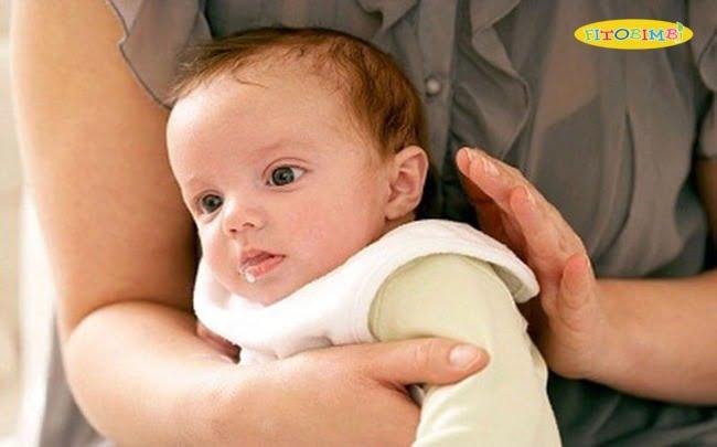 Kỹ thuật vỗ long đờm cho trẻ sơ sinh