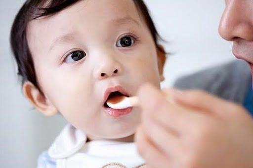 Top 4 loại thuốc ho trẻ em của Pháp được chuyên gia đánh giá cao