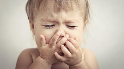 """Trẻ bị ho khan nên uống thuốc gì Gợi ý 10 giải pháp """"xử nhanh"""""""