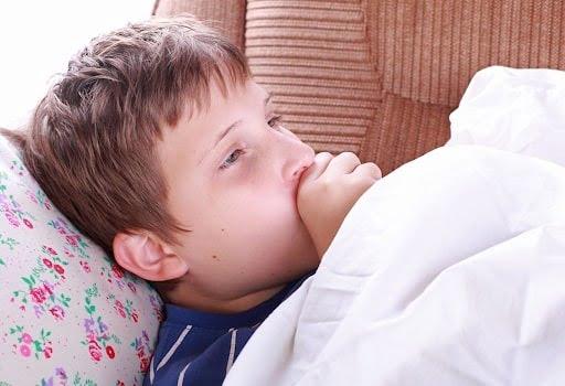 Trẻ có hệ miễn dịch yếu dễ bị viêm phổi