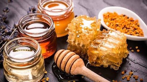 Mật ong có tác dụng kháng viêm, kháng khuẩn hiệu quả