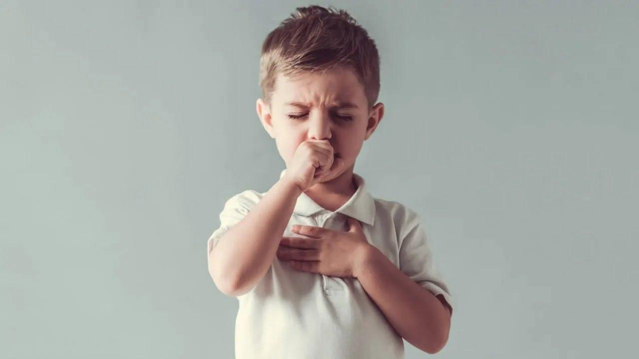 Trẻ bị viêm phế quản uống thuốc gì