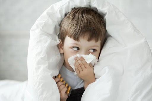 Nguyên nhân trẻ bị viêm phế quản: Nhiễm virus, vi khuẩn