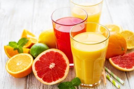 Trái cây có múi giàu vitamin C tốt cho người bị viêm phổi