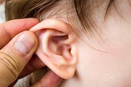 Một phần do cấu tạo vùng tai khác biệt nên trẻ dễ bị viêm tai giữa hơn người lớn