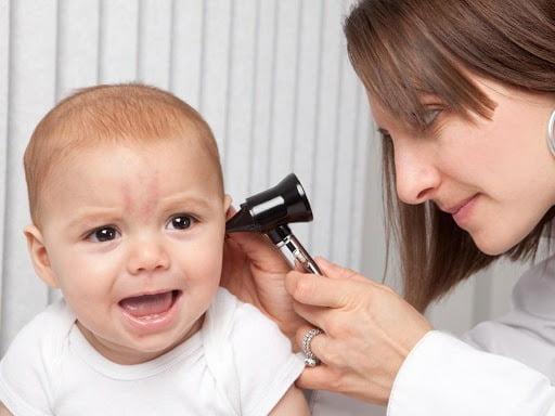 Bật mí cách chữa viêm tai giữa ở trẻ em dứt điểm, không tái phát