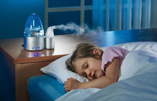 Sử dụng máy tạo độ ẩm trong phòng