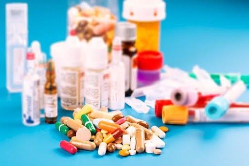 Điều trị viêm tai giữa bằng thuốc kháng sinh